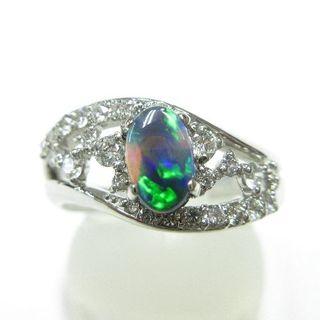 希少なブラックオパール0.47ct◆グリーン&ブルー系有色効果あります◆プラチナ(リング(指輪))