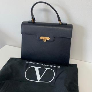 ヴァレンティノガラヴァーニ(valentino garavani)のVALENTINO バッグ(ハンドバッグ)