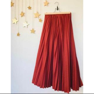 リリーブラウン(Lily Brown)の9月末閉店■リリーブラウン サテンプリーツロングスカート 新品(ロングスカート)