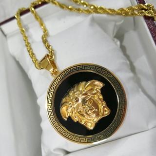 ヴェルサーチ(VERSACE)のオススメ! ヴェルサーチVERSACE ネックレス ゴールド 美品 (ネックレス)