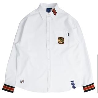 ボウダンショウネンダン(防弾少年団(BTS))のロマンティッククラウン Striped Cuffs Shirt_White(シャツ)