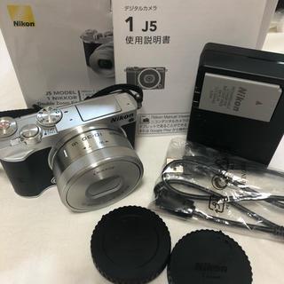 Nikon - WiFi&自撮り可能★Nikon J5 ミラーレスカメラ