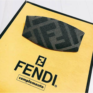 フェンディ(FENDI)のFENDI…バレッタ髪どめ✨美品(バレッタ/ヘアクリップ)