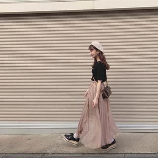 Lily Brown - リリーブラウン 光沢シースルーフレアスカート