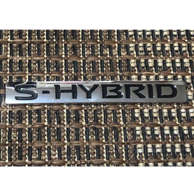 SERENA(セレナ)の日産 ニッサン セレナ C27 Sハイブリッド エンブレム 自動車/バイクの自動車(車外アクセサリ)の商品写真