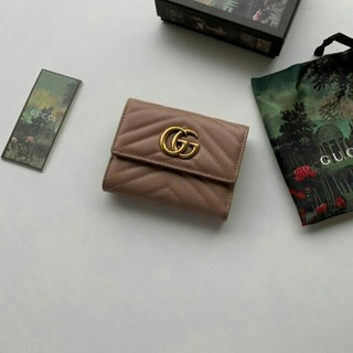 Gucci - ▲♪ 美品   Gucci   グッチ    折り財布 小銭入れあり