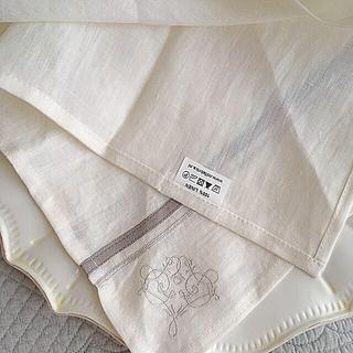 サラグレース(Sarah Grace)の《新品》サラグレース リネンナプキン 2枚セット(テーブル用品)