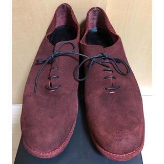 イサムカタヤマバックラッシュ(ISAMUKATAYAMA BACKLASH)のバックラッシュ定価6.8万円ベルギーショルダースエード製品染レザー短靴26.5赤(ドレス/ビジネス)