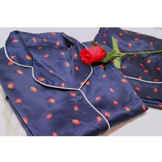 GU - 期間限定値下げ中‼️GU いちご柄 パジャマ 半袖 半ズボン サテン Msize