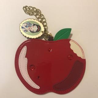 Disney - 【ディズニー 】白雪姫 りんご パスポートケース