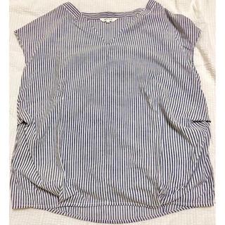 プラステ(PLST)のPLST サックスストライプ Vネックタックシャツ(カットソー(半袖/袖なし))