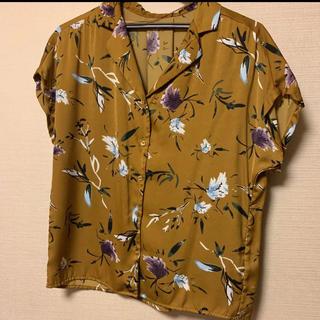 ジーユー(GU)のGU 花柄開襟シャツ(シャツ/ブラウス(半袖/袖なし))