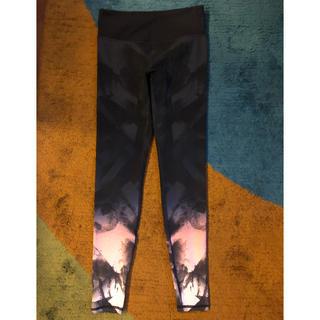 H&M - H&Mスポーツレギンス★サイズS★裾ピンクビビットカラー入りレギンス