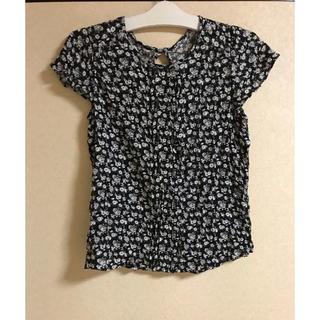 ジーユー(GU)の●GU 花柄 ブラウス    ブラック    Sサイズ(シャツ/ブラウス(半袖/袖なし))