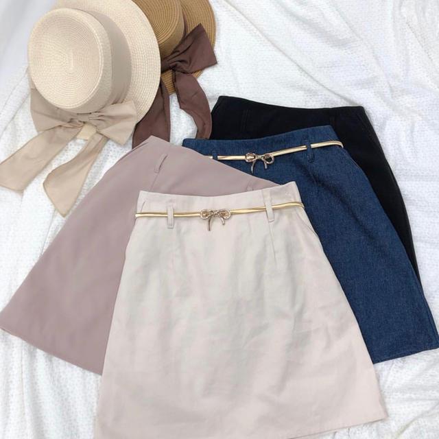 NICE CLAUP(ナイスクラップ)のNICE CLAUP 台形ミニスカート ベルト付き レディースのスカート(ミニスカート)の商品写真