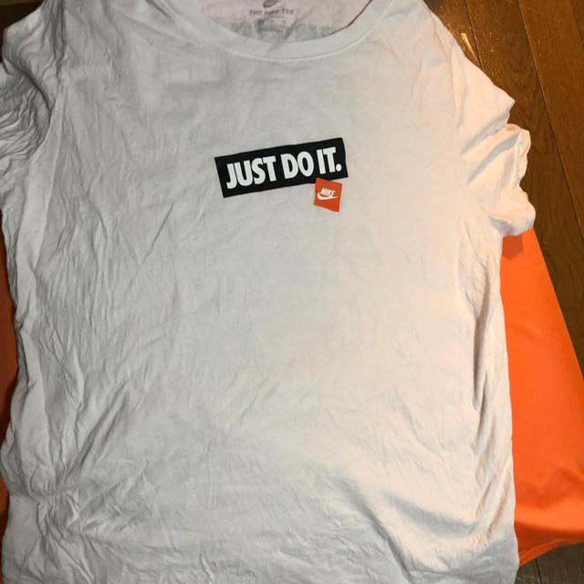 NIKE(ナイキ)のナイキ  Tシャツ レディースのトップス(Tシャツ(半袖/袖なし))の商品写真