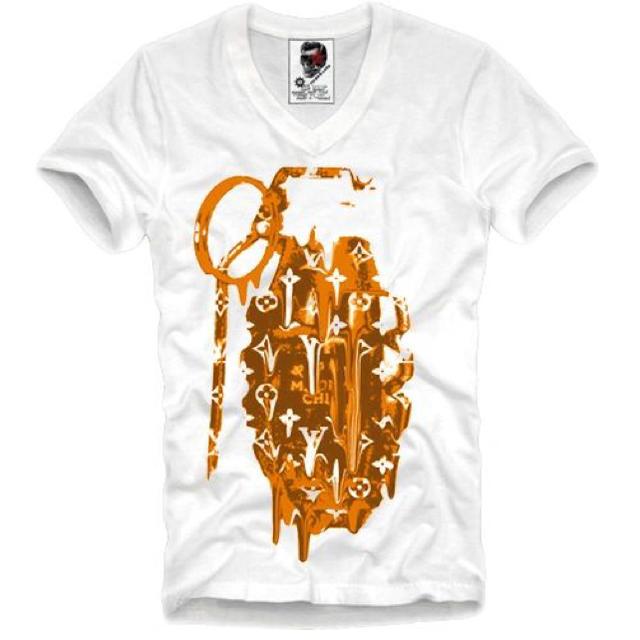 日本未発売☆日本未上陸 E1SYNDICATE Tshirt ゴールド メンズのトップス(Tシャツ/カットソー(半袖/袖なし))の商品写真