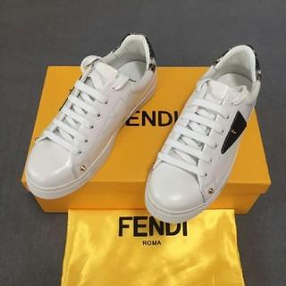 フェンディ(FENDI)のFENDI  スニーカー(スニーカー)