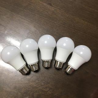 アイリスオーヤマ(アイリスオーヤマ)のLED 60w 電球色 5個セット(蛍光灯/電球)