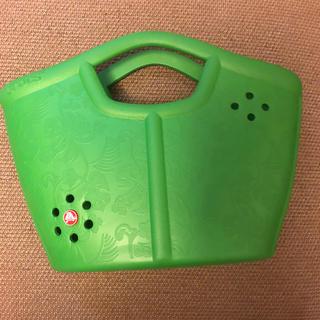 クロックス(crocs)のクロックス トートバッグ 緑 ジビッツ付き(トートバッグ)