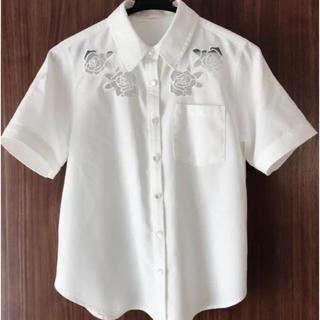 リズリサ(LIZ LISA)のリズリサ トップス ホワイト ブラウス 半袖(シャツ/ブラウス(半袖/袖なし))