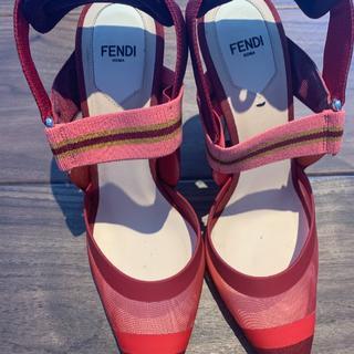 フェンディ(FENDI)の靴(ハイヒール/パンプス)