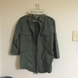 ジーユー(GU)のg.u. カーキーシャツ(シャツ/ブラウス(半袖/袖なし))