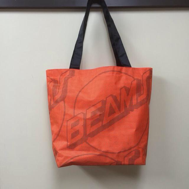 BEAMS(ビームス)のビームストート オレンジ新品 値下げ メンズのバッグ(トートバッグ)の商品写真