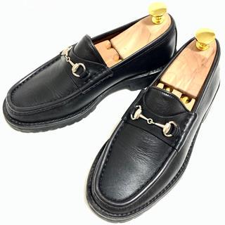 グッチ(Gucci)のGUCCI 35 ホースビットローファー レディース ブラック レザーシューズ(ローファー/革靴)