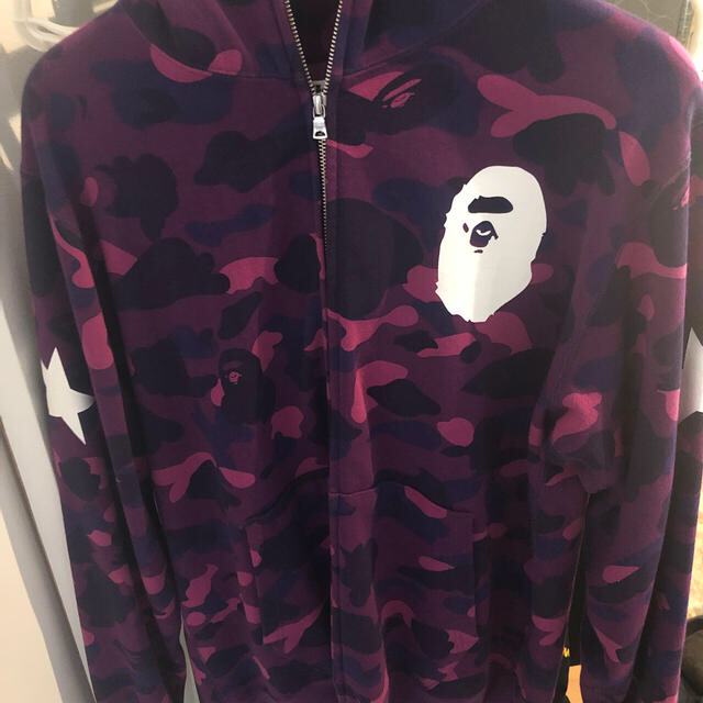A BATHING APE(アベイシングエイプ)のA bathing ape 紫カモ パーカー hoodie メンズのトップス(パーカー)の商品写真