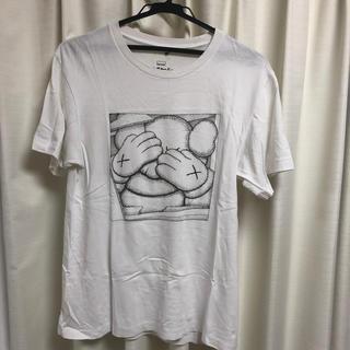 UNIQLO - KAWS  tシャツ