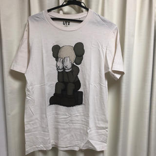 UNIQLO - UNIQLO KAWS tシャツ