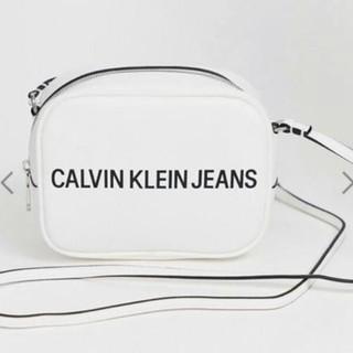 カルバンクライン(Calvin Klein)のCalvin Klein ショルダー バッグ (ショルダーバッグ)
