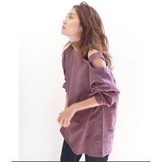 アングリッド(Ungrid)のキャンセルの為再出品 Ungrid ショルダーデザインロングスリーブTEE(Tシャツ(長袖/七分))