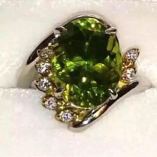 希少 大粒ペリドット 18金リング 八月誕生石 10号 指輪(リング(指輪))
