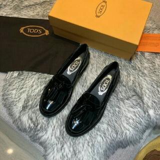 TOD'S - ブラック  TOD'S レディース 革靴 2019 新品、正规品 秋冬