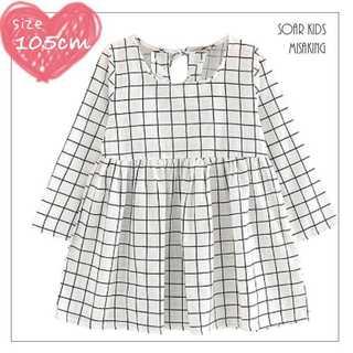 アウトレット⭐️ラインホワイトワンピース 105cm(120) 海外子供服(ワンピース)