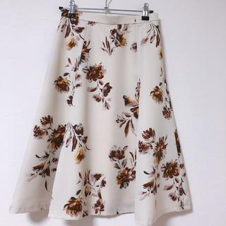 ジャスグリッティー(JUSGLITTY)のmiik様専用 jusglitty 花柄フレアスカート(ひざ丈スカート)
