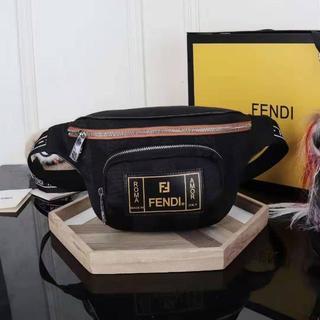 フェンディ(FENDI)のフェンディ FENDI ウエストポーチ(ウエストポーチ)