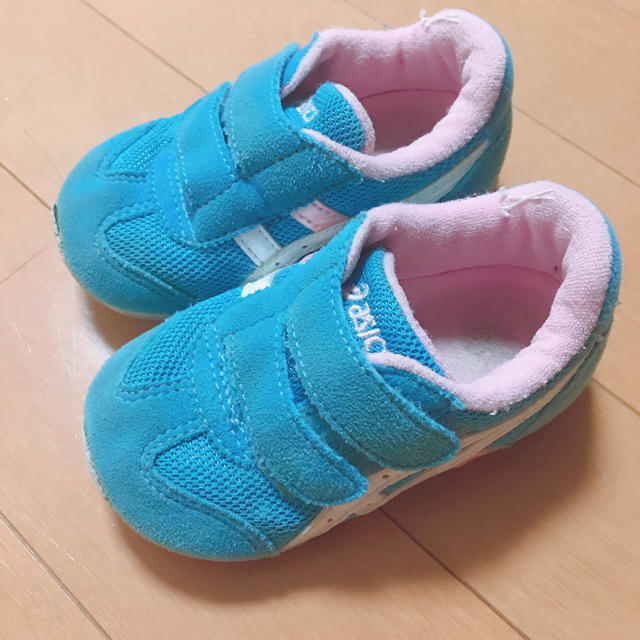 asics(アシックス)のasics キッズ スニーカー キッズ/ベビー/マタニティのベビー靴/シューズ(~14cm)(スニーカー)の商品写真