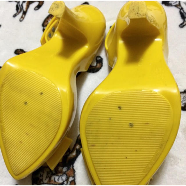Vivienne Westwood(ヴィヴィアンウエストウッド)のヴィヴィアンウエストウッド×メリッサ  コラボ オープントゥ ヒール パンプス レディースの靴/シューズ(ハイヒール/パンプス)の商品写真