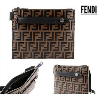 フェンディ(FENDI)の新品同様【FENDI】FFロゴメッセンジャーバッグ/ショルダーバッグ(メッセンジャーバッグ)