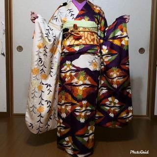 振袖☆正絹 片身変わり 紗綾形に鶴葉文様 トールサイズ