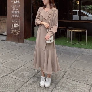 Lily Brown - FLARE COLLAR  COAT ONE-PIECE.
