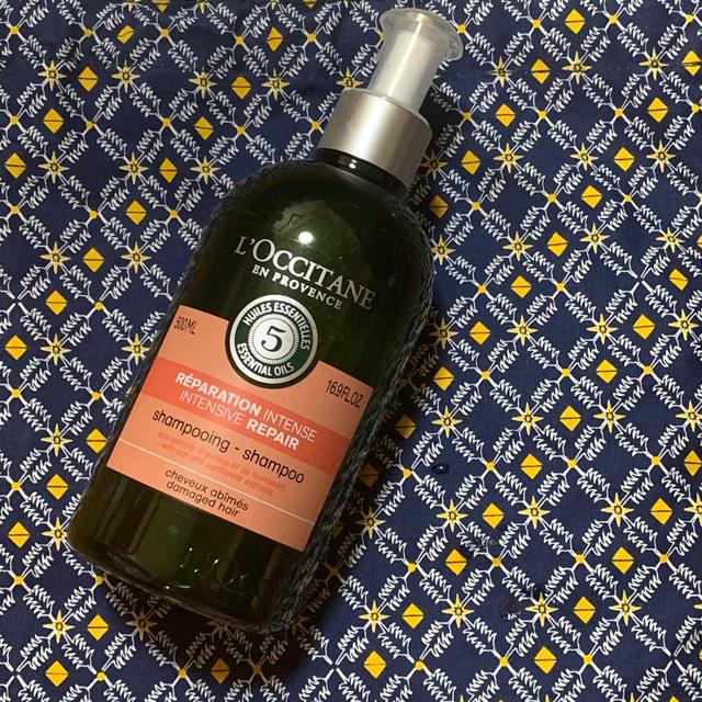 L'OCCITANE(ロクシタン)のロクシタン ファイブハーブス   リペアリング   シャンプー コスメ/美容のヘアケア(シャンプー)の商品写真