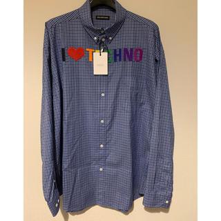 バレンシアガ(Balenciaga)のBALENCIAGA I LOVE TECHNO チェックシャツ(シャツ)
