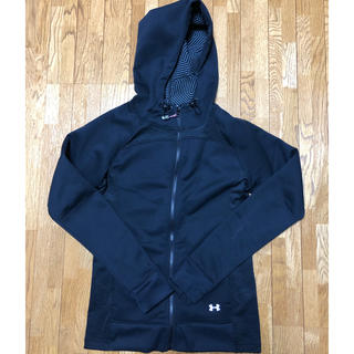 UNDER ARMOUR - 【UNDER ARMOUR】パーカー