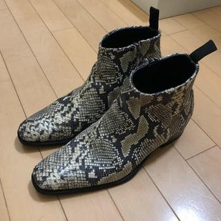 ジョンローレンスサリバン(JOHN LAWRENCE SULLIVAN)のH&M ヒールブーツ パイソン 28cm(ブーツ)