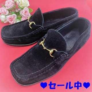 グッチ(Gucci)の❤️特価セール❤️ 【グッチ】 スエード ローファー ブラック レディース(ローファー/革靴)