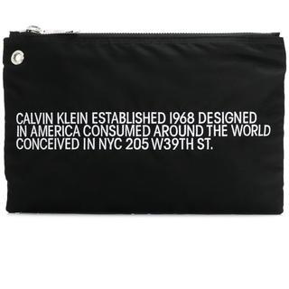 カルバンクライン(Calvin Klein)のCALVIN KLEIN 205W39NYC スローガン クラッチバッグ(セカンドバッグ/クラッチバッグ)
